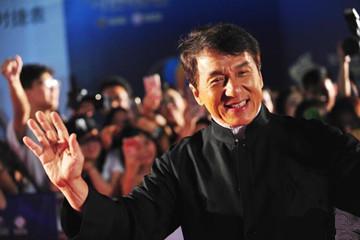 """第四届""""十大华语电影""""表彰典礼举行 成龙现身"""