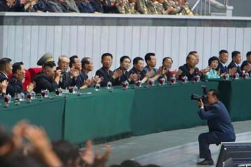 朝鲜庆祝青年同盟九大召开