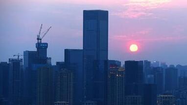 中国全球竞争力排名升至27位