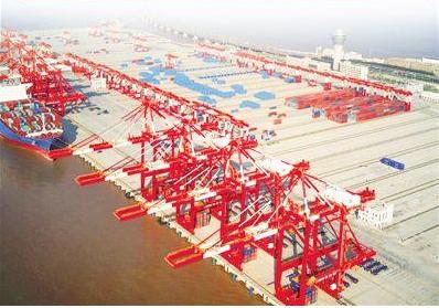 世界最大单体智能码头洋山港四期开港