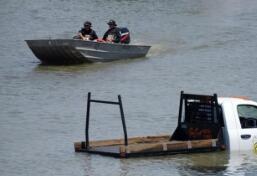 """飓风""""哈维""""致洪水肆虐"""