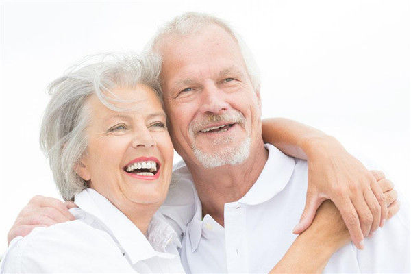 如何呵护老人心理健康?