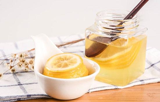 喝蜂蜜水有讲究,可别犯这几个错误