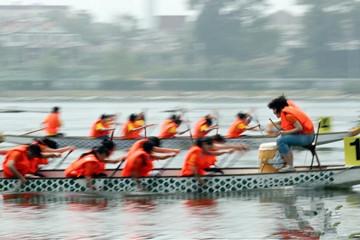 第十届北京端午文化节启幕 披红点睛赛龙舟