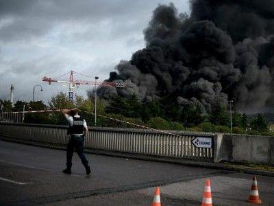 法国一医院起火致11人烟气中毒 起火原因暂不明
