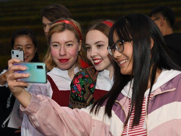 与世界互学互鉴——100张图回答,为什么说我们是开放的中国