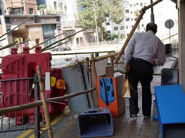 11月17日香港见闻录|暴力面前,这才是一座城该有勇气