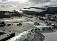 又现机场无人机骚扰 都柏林机场短暂停航
