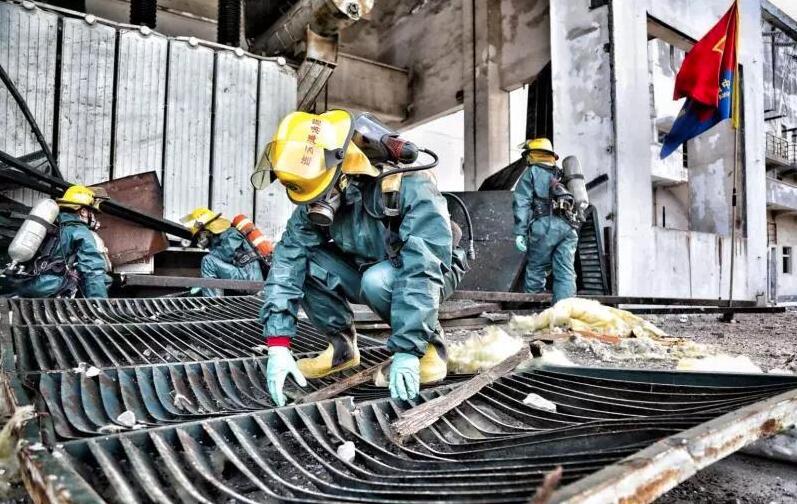 响水爆炸搜救工作正式结束 搜救出164人其中86人幸存