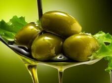 意大利假橄榄油充斥市场 24名嫌犯被警方拘捕