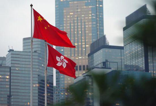 止暴制乱、恢复秩序,是香港当前压倒一切的急迫任务
