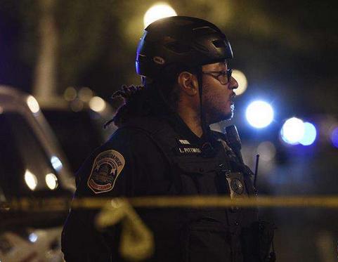 美国南卡罗来纳州一俱乐部发生枪击 致2死9伤